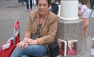 ZABORAVLJENA Žena koja je otkrila Tuđmanov račun prodaje na ulici