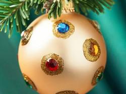 Božićni ukrasi - kuglice sa draguljima