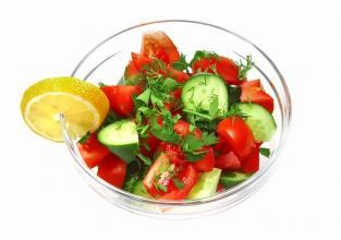 Zelena dijeta nudi salate koje