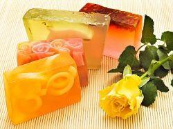 Mirisni, šareni sapuni koje možete napraviti i sami