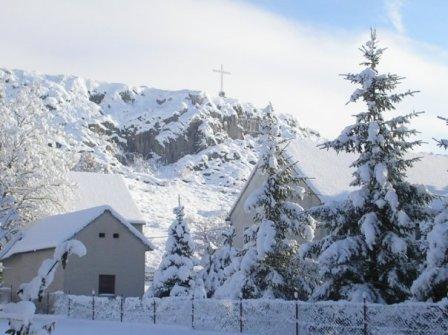 Kućica u snijegu