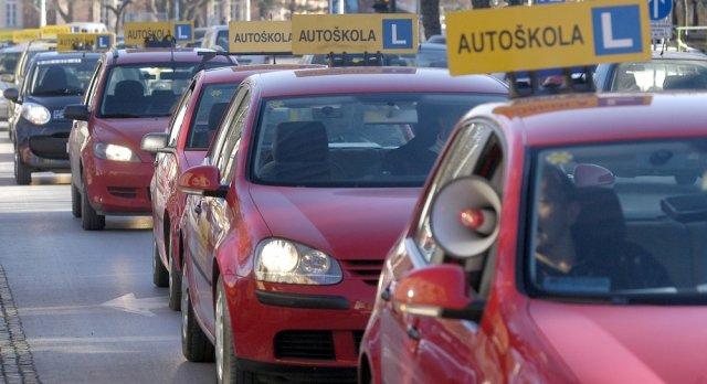 Humanitarna autoškola za sigurnost djece u prometu