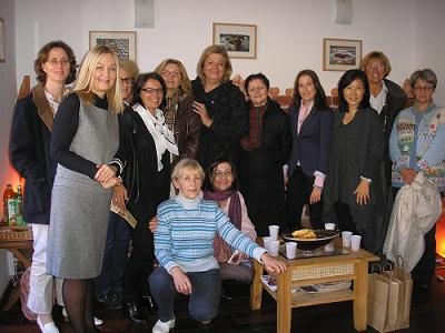Međunarodni klub žena u Himalajskoj spilji