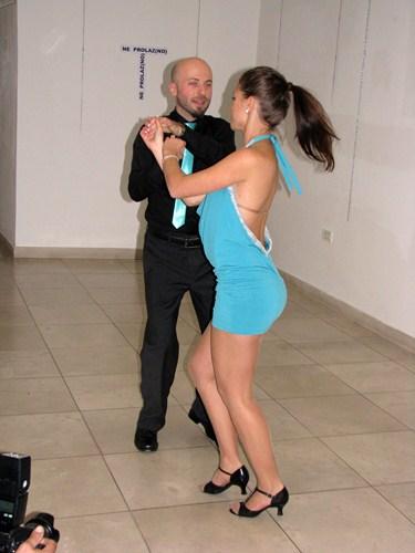 Izložba, tango...
