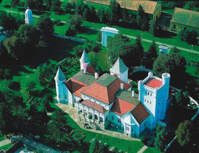 San o dvorcu