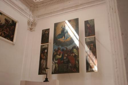Vratiti zastore na južne prozore Svetišta