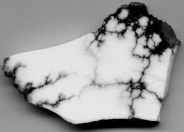 Kristali - vrste i djelovanje 31 - HOWLIT