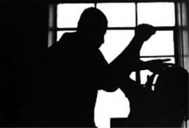 Zlostavljanje koje ne može prijaviti: Prisiljena živjeti s bivšim mužem