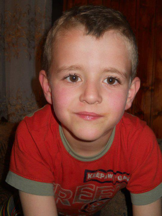 APEL ZA HITNU POMOĆ: Spasimo dečaka Dejana Marića koji ima tumor na mozgu!