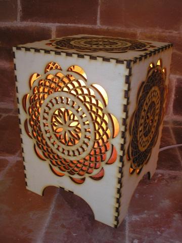 Kozmička mandala - himalajska lampa