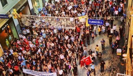 ŠTO MISLITE, DA LI NAS TO ČEKA? - okupljanje ljudi u trokutu Istambul -Ankara- Izmir