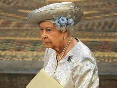 NAJVEĆA PRIJETNJA BRITANIJI Kraljica pripremila govor za Treći svjetski rat