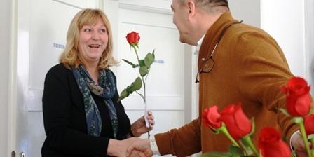 Direktor šibenske tvrtke svim radnicama za Dan žena poklonio cvijeće, 200 kuna i slobodan dan!