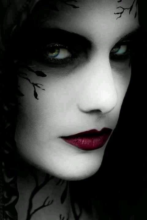 Drakula: Neispričana priča (Dracula Untold)