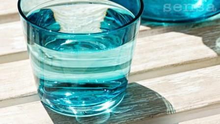 Plava solarna voda za za čišćenje podsvjesnih programa