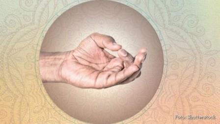 Aakaash Mudra: zamenite negativne emocije pozitivnim