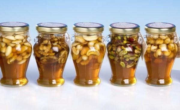 Prirodni eliksir od meda, oraha, češnjaka i octa pomoći će vam da liječite mnoge bolesti