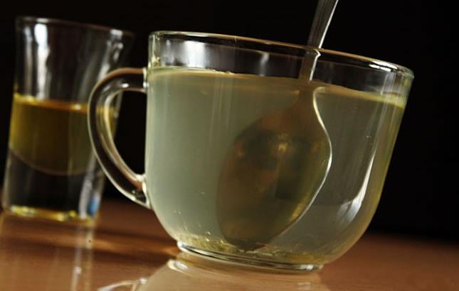 Medena voda – djelovanja meda i vode na prazan želudac su čudotvorna!
