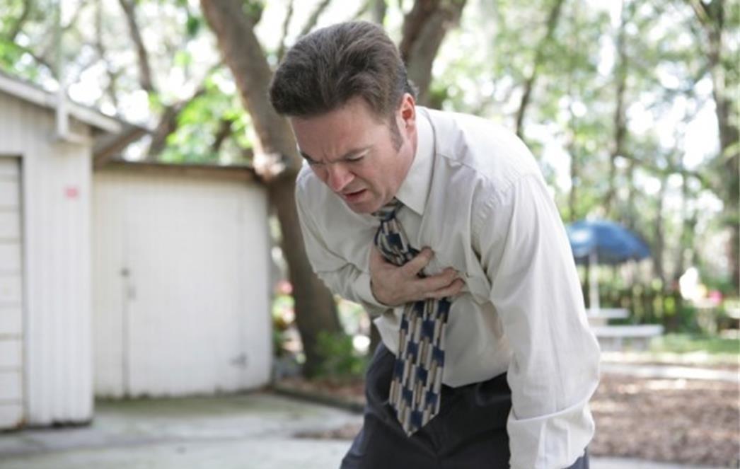 PROČITAJTE I PODIJELITE: Kako preživjeti infarkt kada ste sami!