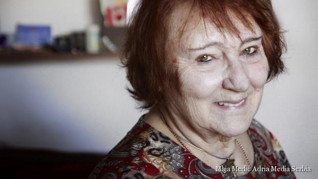 Vesna Krmpotić: Pesme satkane od svetlosti