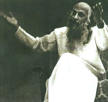 Bhagwan Shree Rayneesh – Osho (1931 – 1990)