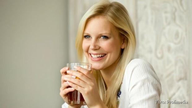 Eliksir zdravlja: 10 razloga zbog kojih treba da pijemo vodu sa kurkumom