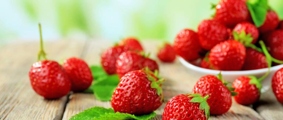 10 brzih ideja za posluživanje jagoda