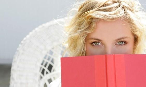 Čuvaj se žene koja čita knjige!