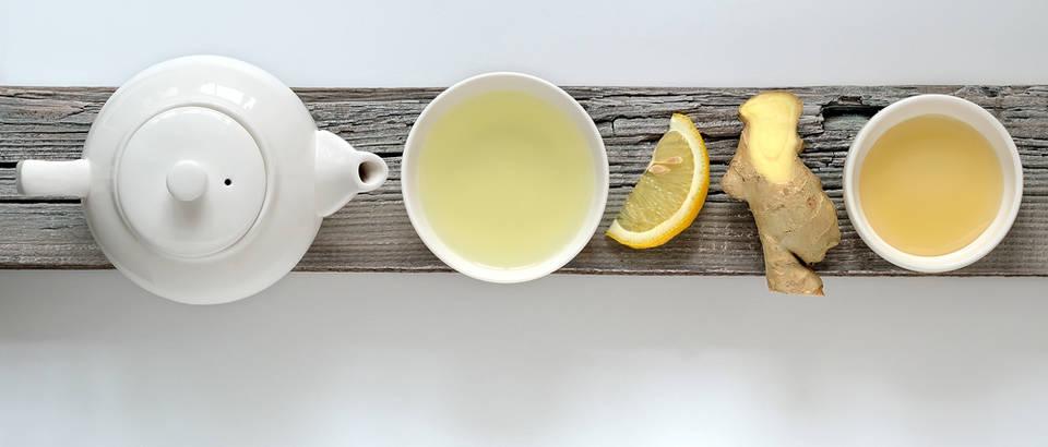 Odličan tonik protiv prehlade s đumbirom, medom i limunom
