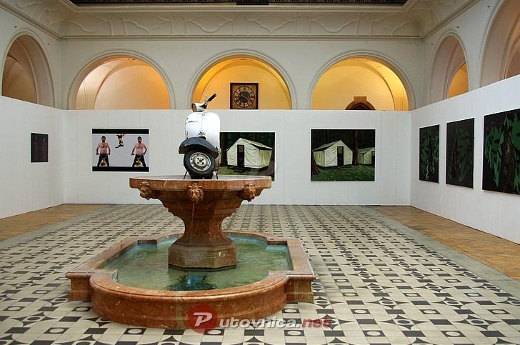 U munchenskoj galeriji