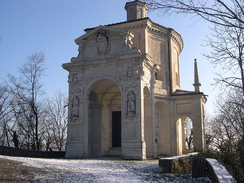 Crkve i kapele Ticina