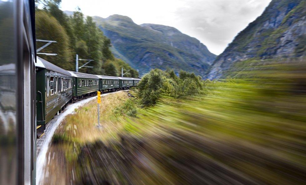 Ljetno putovanje željeznicom