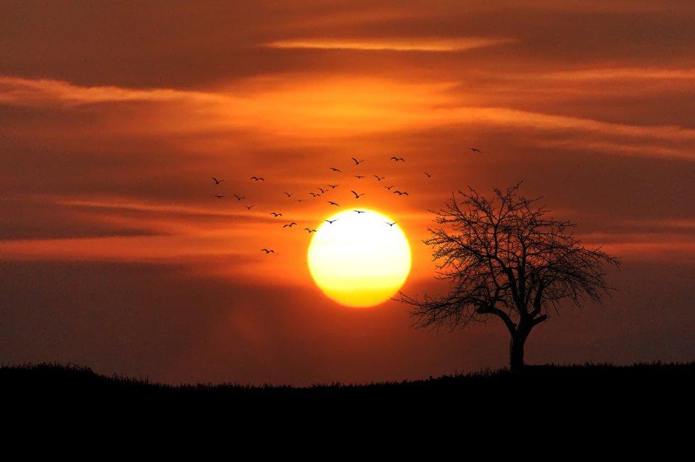 SUNCE - NEBESKO BOŽANSTVO