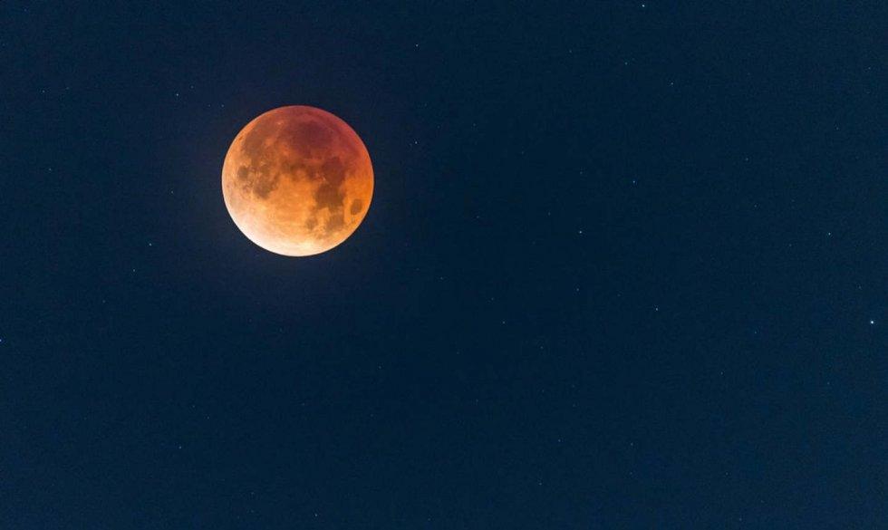 Pun mjesec - čarolije, amajlije i moći