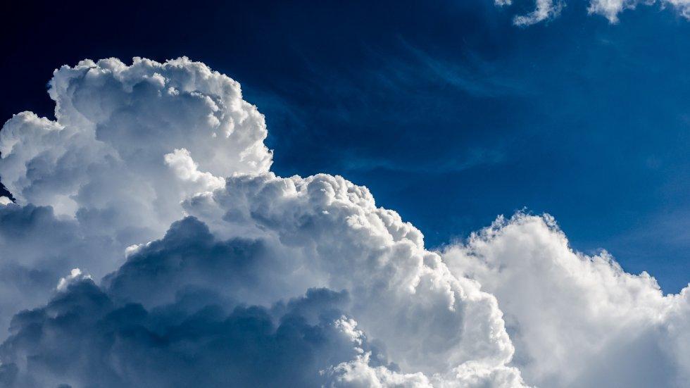 Beskrajno plavo nebo...