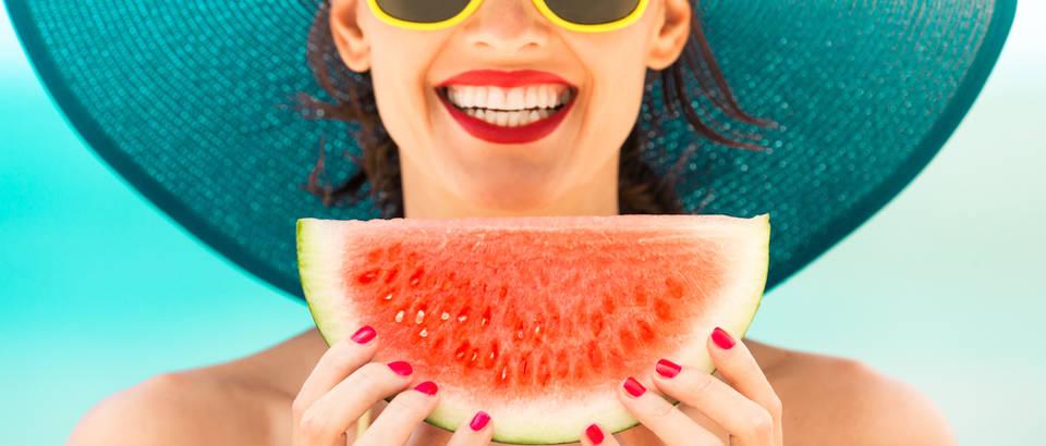U kolovozu obavezno uživajte u ovih 5 ljetnih namirnica