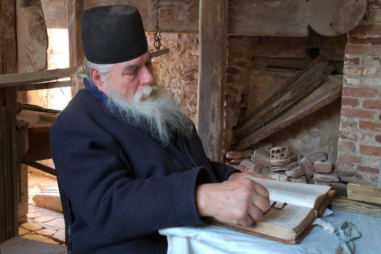 DA LI JE MOGUĆE? -  Ruski monah otkrio naučniku prirodni lek za sve bolesti: Medicina proverila, i ostala u čudu!