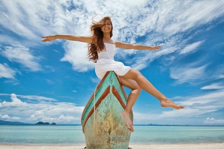 Ponašaj se kao da si sretan i postat ćeš sretniji – 20 savjeta psihologa Dale Carnegiea