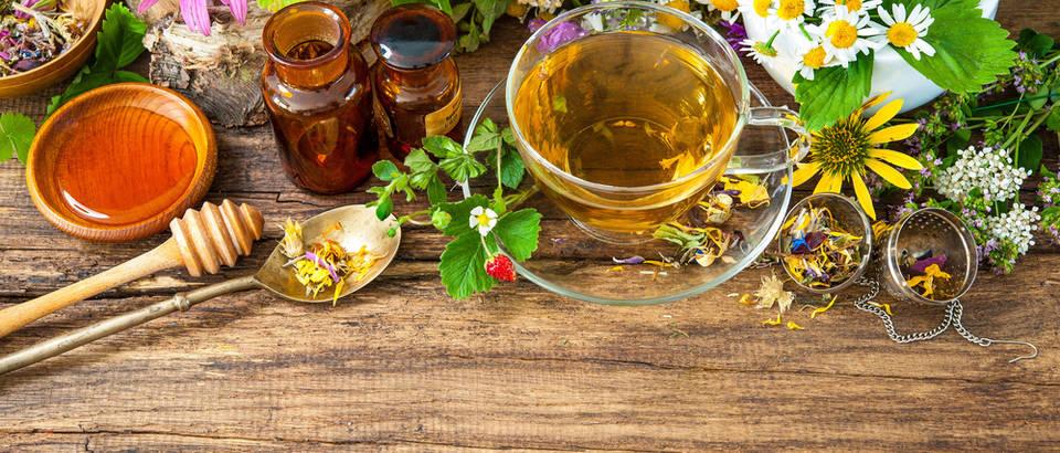Ovi su biljni čajevi odličan izbor ako vas muči grlobolja, kašalj i prehlada