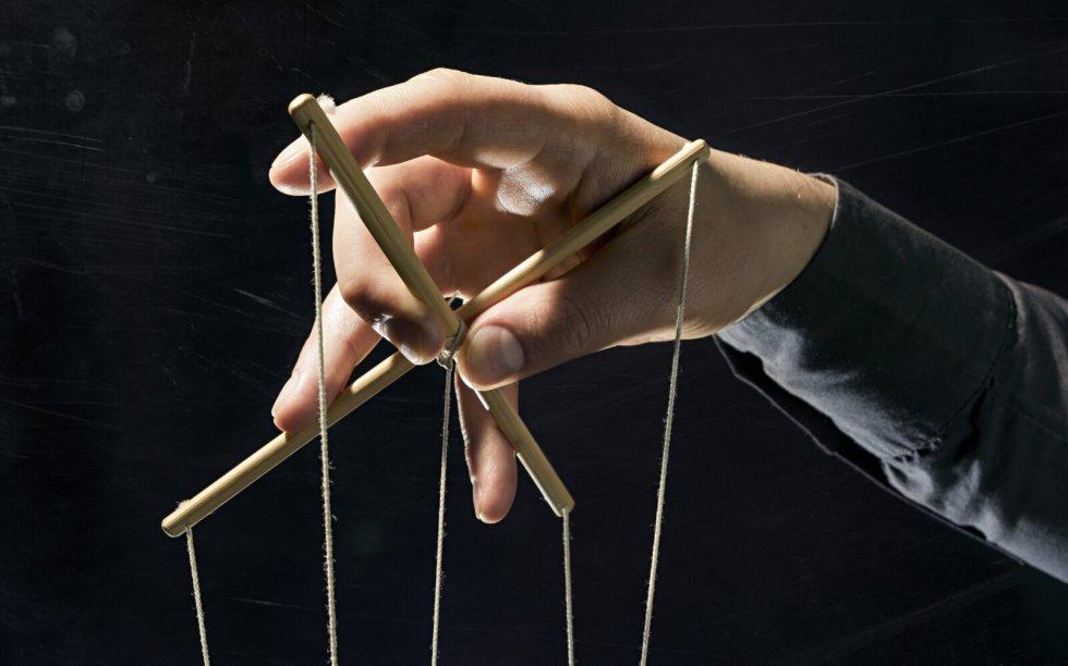 Igre moći i manipulacija
