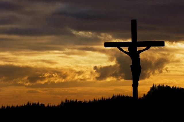 Švedski teolog tvrdi da Isus nije umro na križu