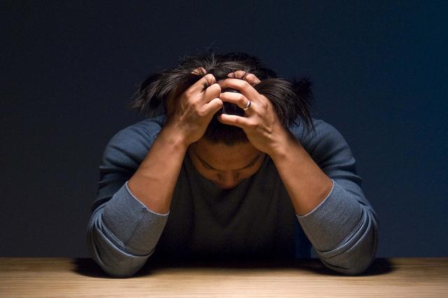 MOĆ SADAŠNJEG TRENUTKA - Razmišljanje je postalo bolest