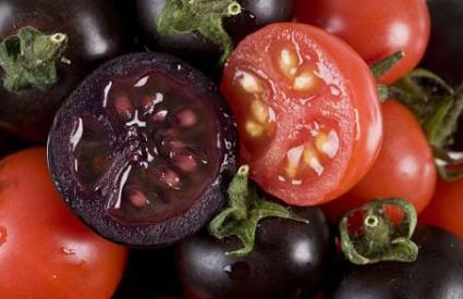 Slasne grimizne rajčice
