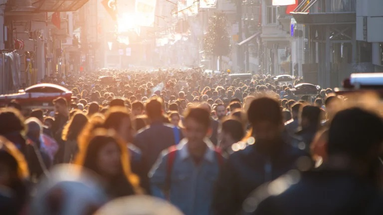 Potvrđeno predviđanje MIT-ja staro 50 godina: Nastavimo li kao dosad, do 2050. godine civilizacija kakvu poznajemo prestat će postojati