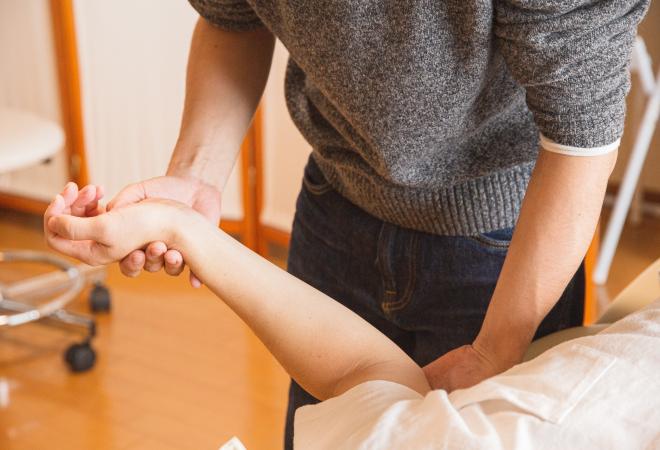 KOLIKO PUTA STE ČULI ZA OSTEOPEROZU? Možete doznati bolujete li od nje ako prepoznate simptome!