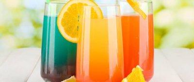 Osvježite se bezalkoholnim koktelima - limunada s bosiljkom i gazirana kruška