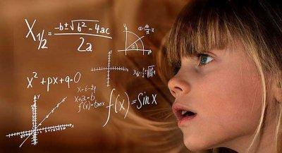Djeca su rođena kao kreativni geniji, ali ih obrazovni sustav zaglupljuje!